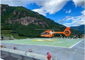Schnell wie im Flug: die Verbindung Landeplatz auf dem Krankenhausdach und Schockraum