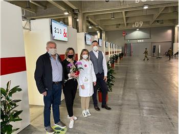 L'energia positiva delle piante si diffonde al Polo vaccinazioni Fiera di Bolzano